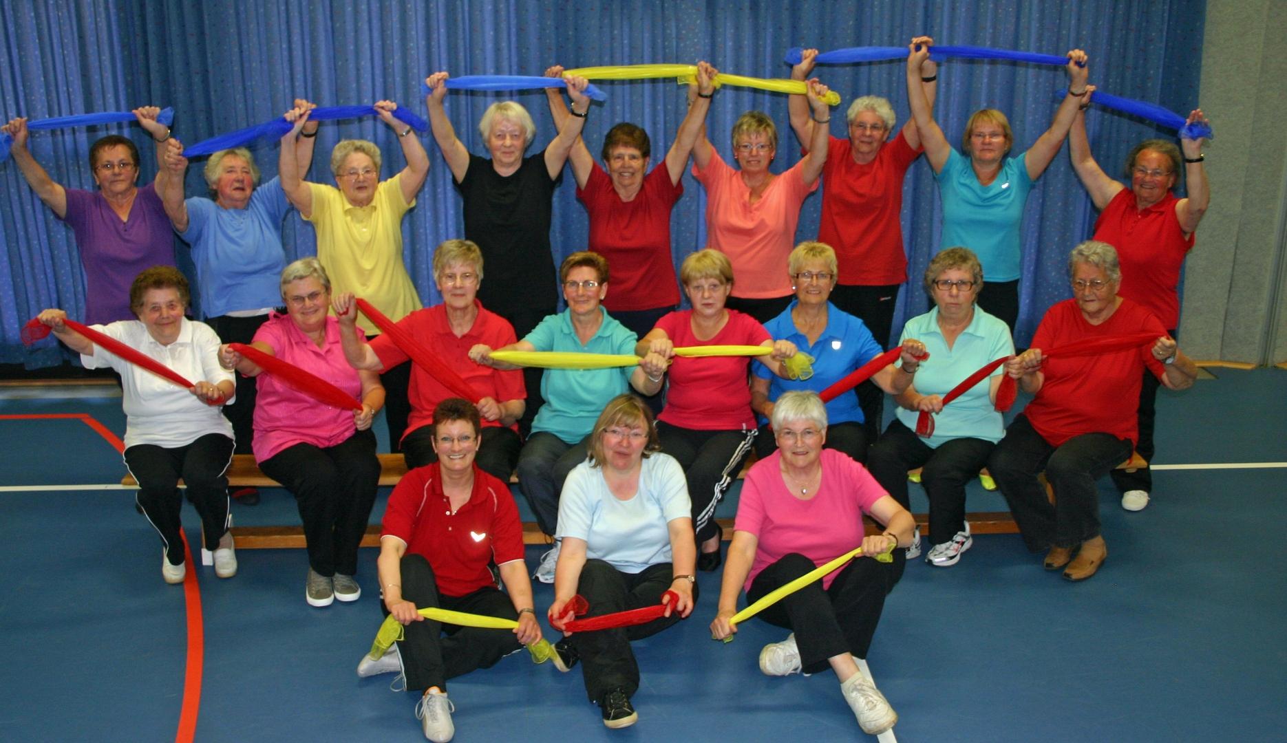 tl_files/bilder/gymn/Seniorinnen/2-Baender-2.jpg