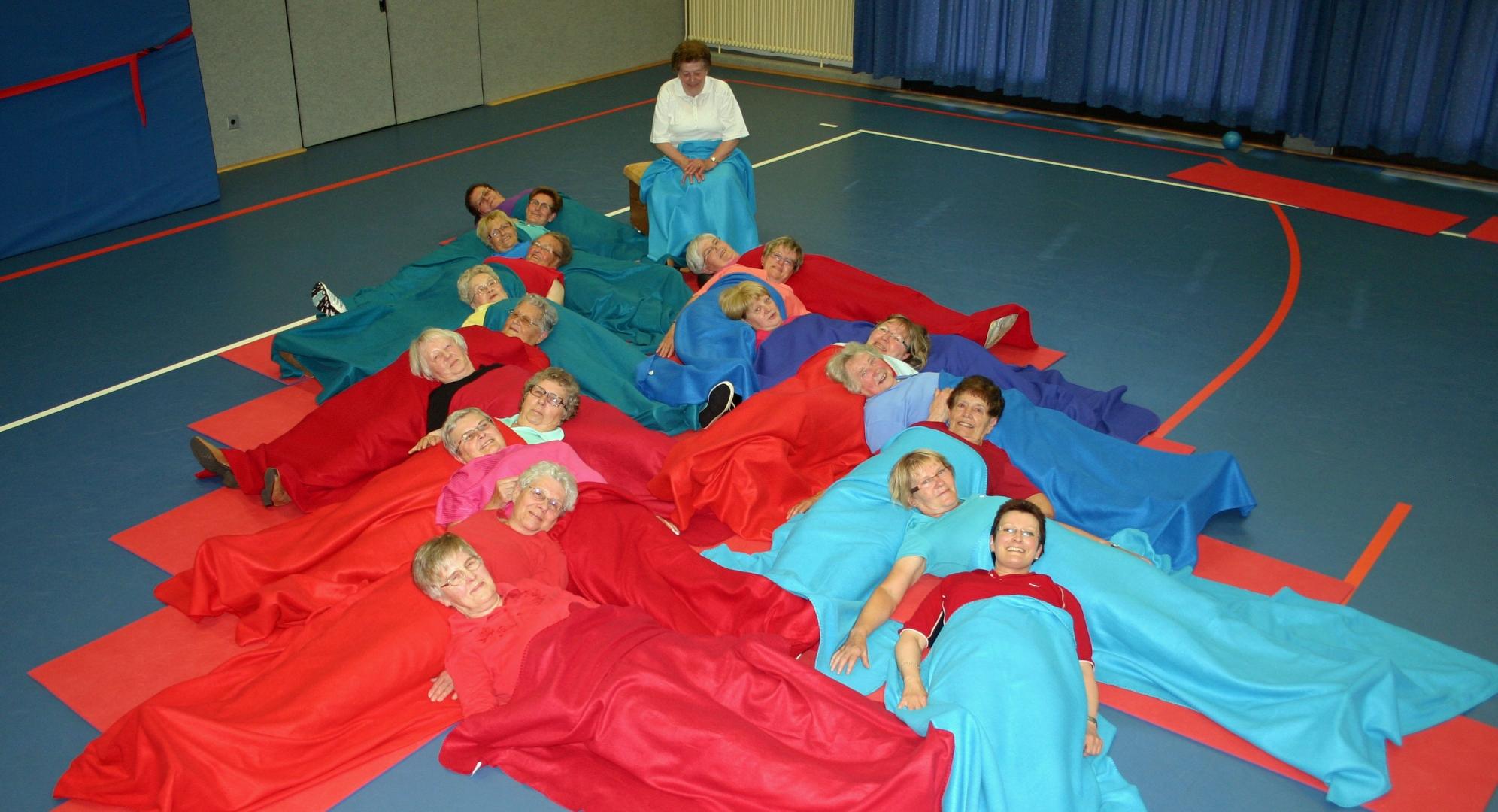 tl_files/bilder/gymn/Seniorinnen/4-Zugedeckt-1.jpg